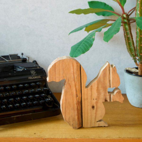 cutout-houten-eekhoorn
