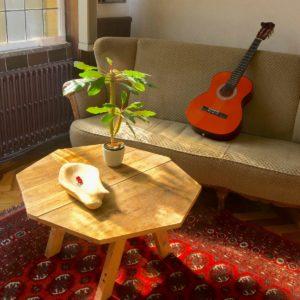 Achthoekige salontafel